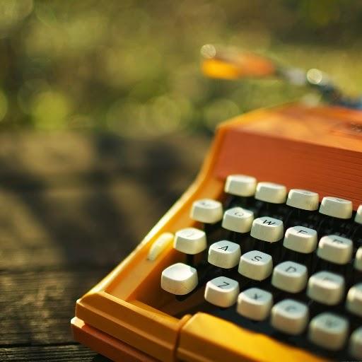 Menulis, Bukan Sekadar Hobi
